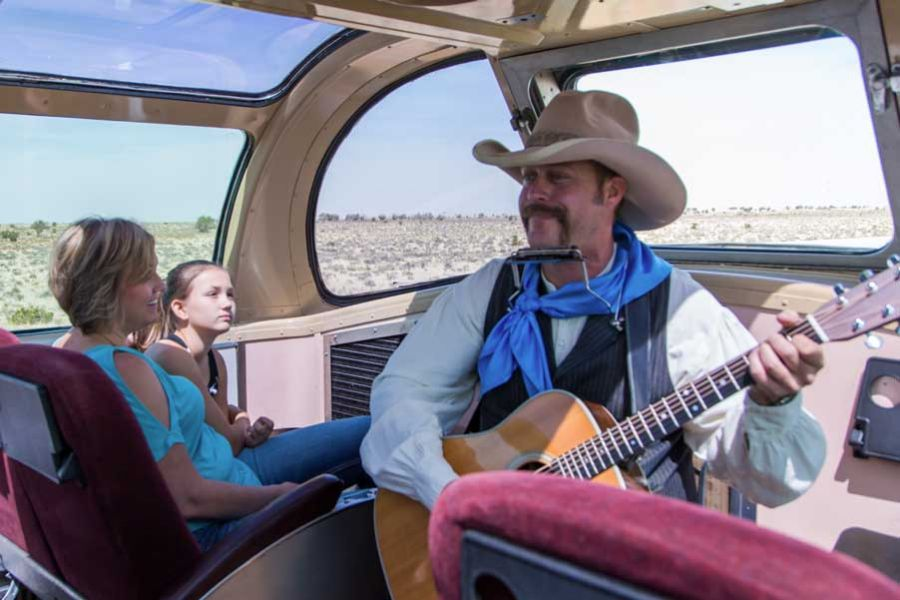 Grand Canyon Railway musician in dome