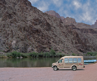 Inner-Canyon Coach Tour
